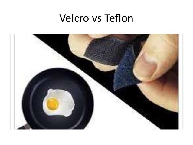 Quale storia stiamo raccontando a noi stessi? Velcro o Teflon?